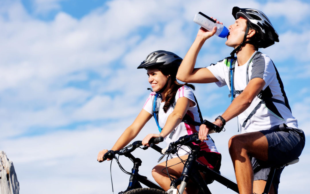 How to stay hydrated on long bike rides